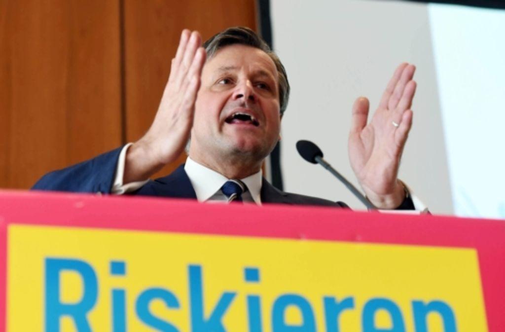 Beim Parteitag in Pforzheim hat FDP-Spitzenkandidat Hans-Ulrich Rülke einer Ampel mit SPD und Grünen nach der Landtagswahl im Südwesten eine Absage erteilt. Foto: dpa