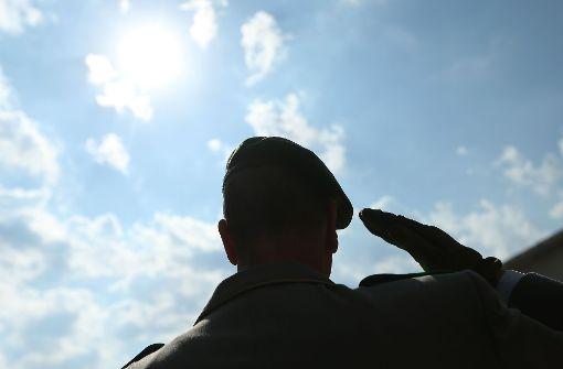 Bundeswehr entlässt laut Spiegel Offiziersanwärter wegen rechtsradikaler Sprüche