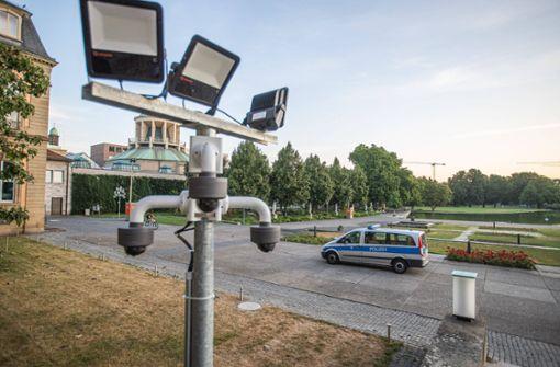Kameras sollen Randalierer und Pinkler fernhalten