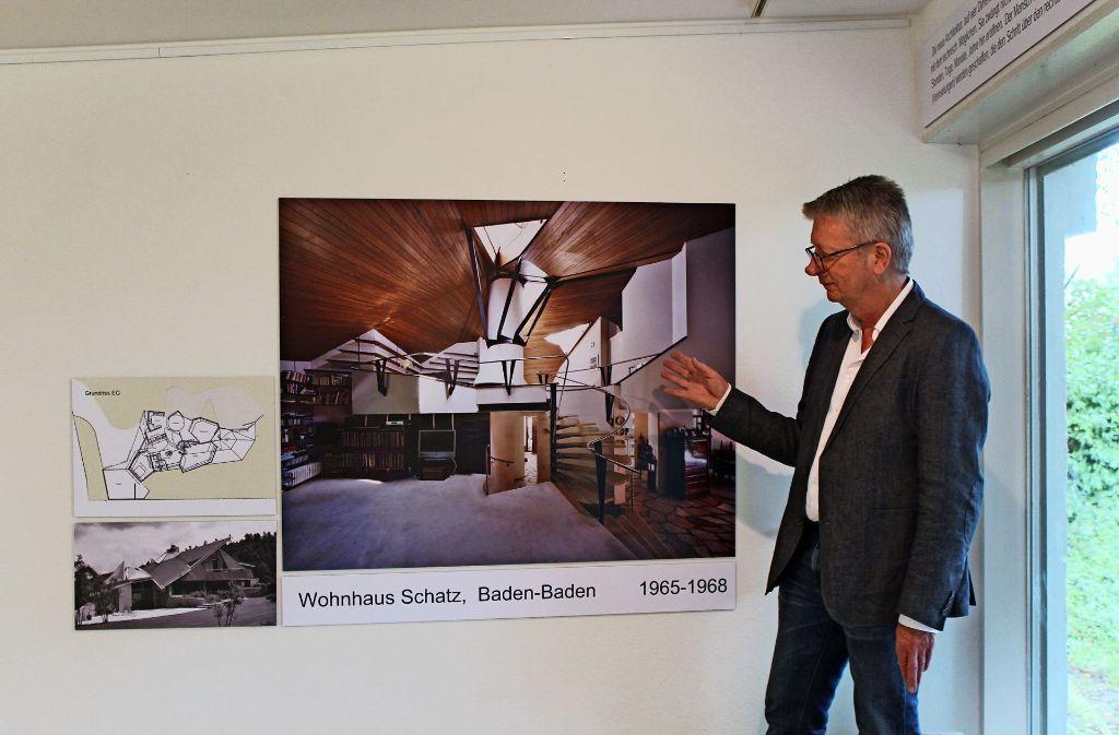 Kurator Hans-Joachim Kraft möchte die Arbeiten  des Architekturbüros Fehling + Gogel erneut ins Bewusstsein rücken Foto: Sabine Schwieder