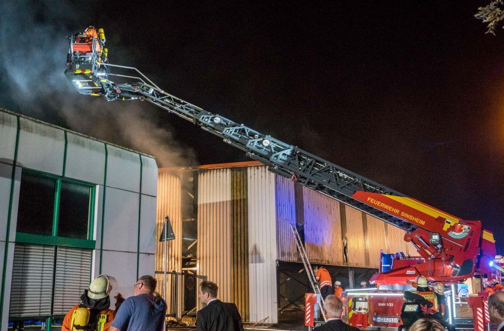 Die Feuerwehr brachte den Brand unter Kontrolle. Foto: 7aktuell.de/Franziska Hessenauer