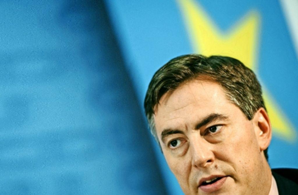 David McAllister soll bei der Europawahl zum Gegenspieler  des SPD-Spitzenkandidaten Martin Schulz aufgebaut werden. Foto: dpa
