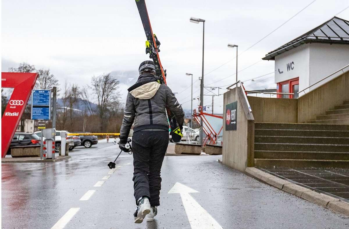In Österreich sind viele Skigebiete geöffnet, allerdings praktisch nur für Einheimische. Foto: dpa/Expa