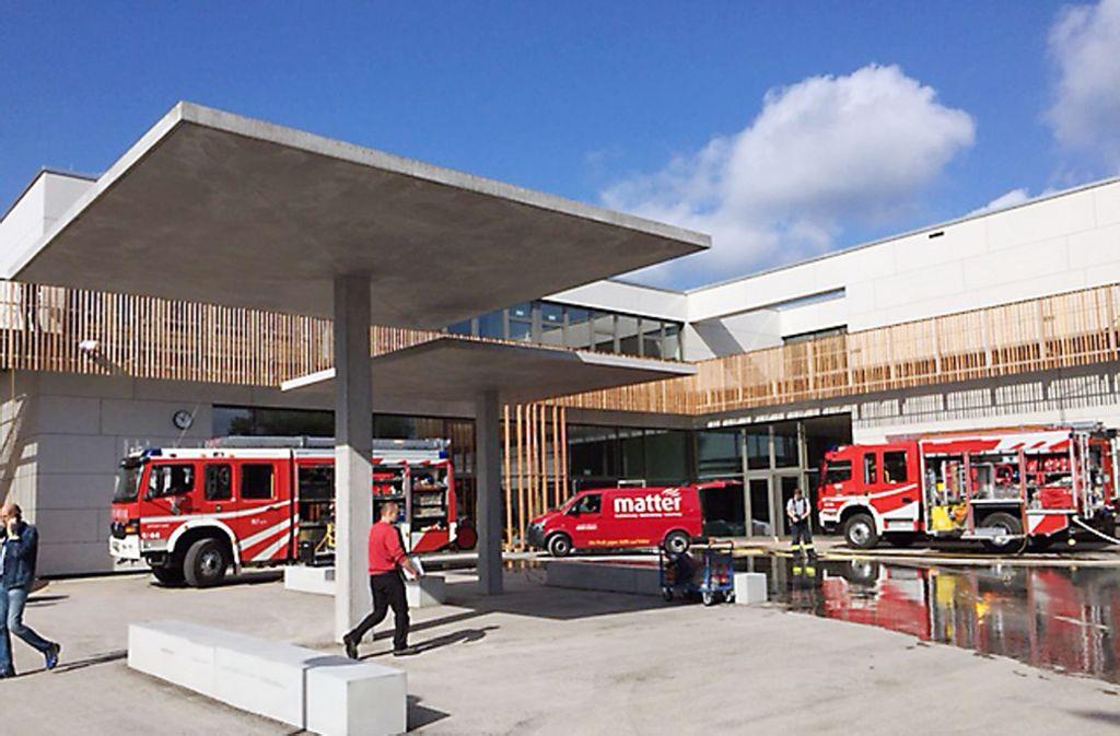 Die Grundschule Ruit war noch nicht bezogen, da musste die Feuerwehr schon wegen eines Wasserschadens dorthin ausrücken. Foto: Stadt Ostfildern/Archiv