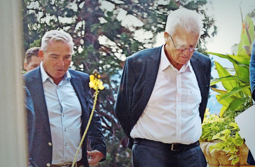 Wie gegen das drohende Fahrverbot in Stuttgart vorgehen? Ministerpräsident Kretschmann (r) und Vize Strobl finden keine gemeinsame Linie. Foto: Lg  /Willikonsky, Zweygarth