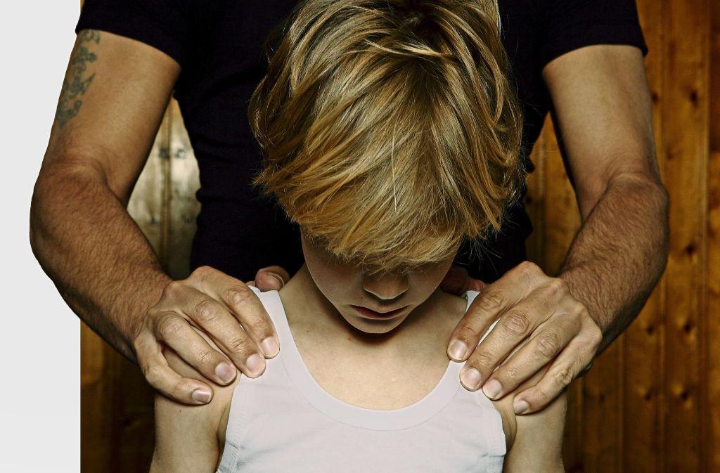 Auch in Vereinen gilt es, Kinder vor  ungewolltem Anfassen zu schützen. Foto: picture alliance