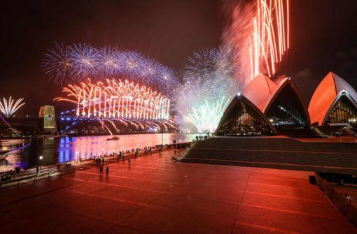 Feuerwerk im Hafen - aber ohne Zuschauer