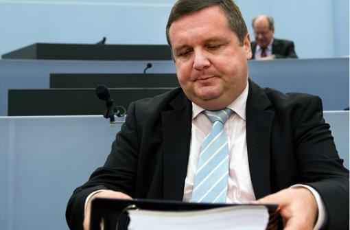 Der frühere Regierungschef Stefan Mappus  scheint als einziger der EnBW-Deal-Beteiligten aus dem Schneider zu sein. Foto: dpa