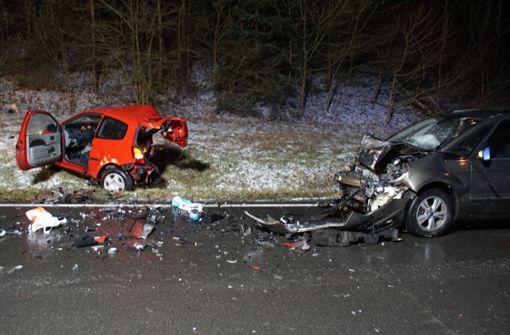 Junger Autofahrer stirbt bei witterungsbedingtem Unfall