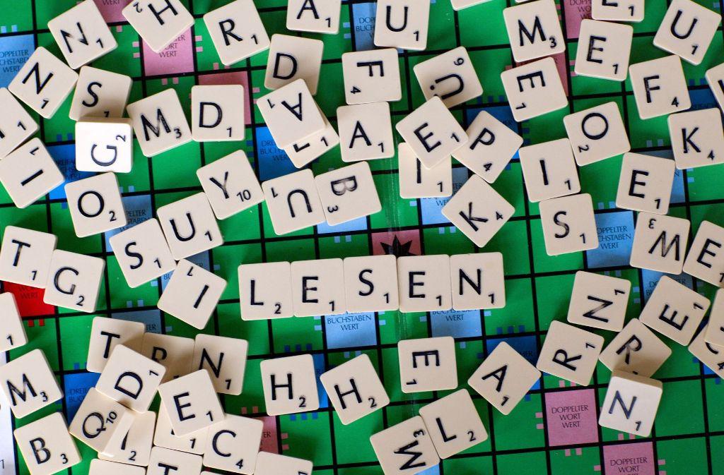Analphabeten finden den Buchstabensalat unentwirrbar. Foto: dpa-Zentralbild