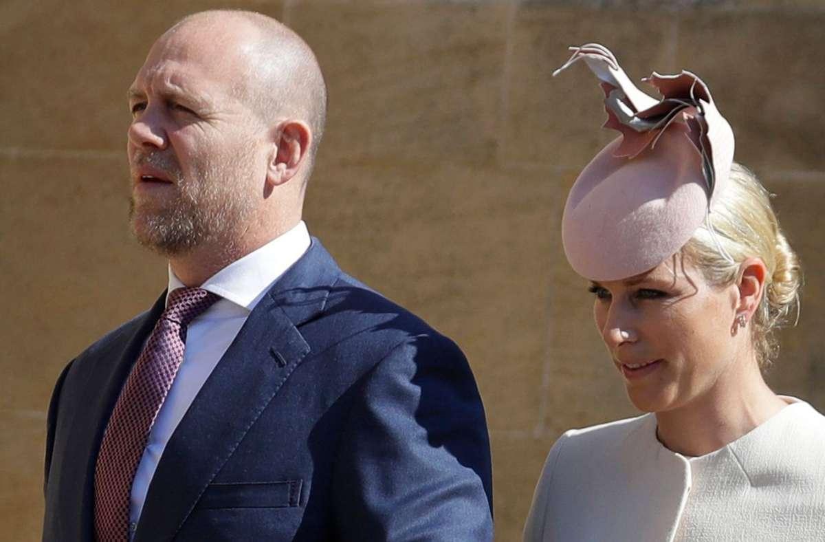 Royals Mike und Zara Tindall erwarten ein gemeinsames Kind. (Archivbild) Foto: AFP/KIRSTY WIGGLESWORTH
