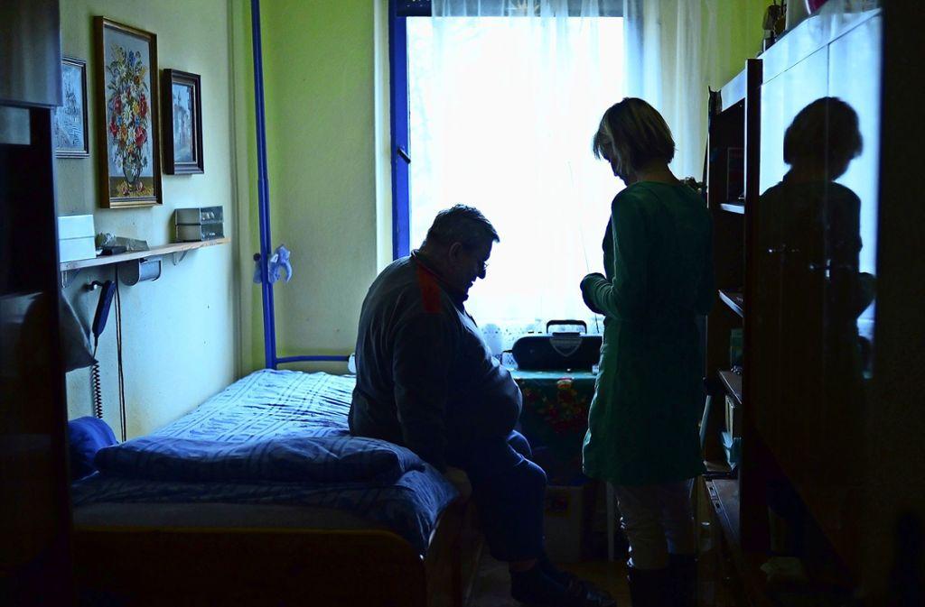 Der Verband für häusliche Betreuung und Pflege rechnet damit, dass von Ostern an   100000 bis 200000 Menschen schrittweise nicht mehr versorgt werden können. Foto: dpa//Oliver Killig