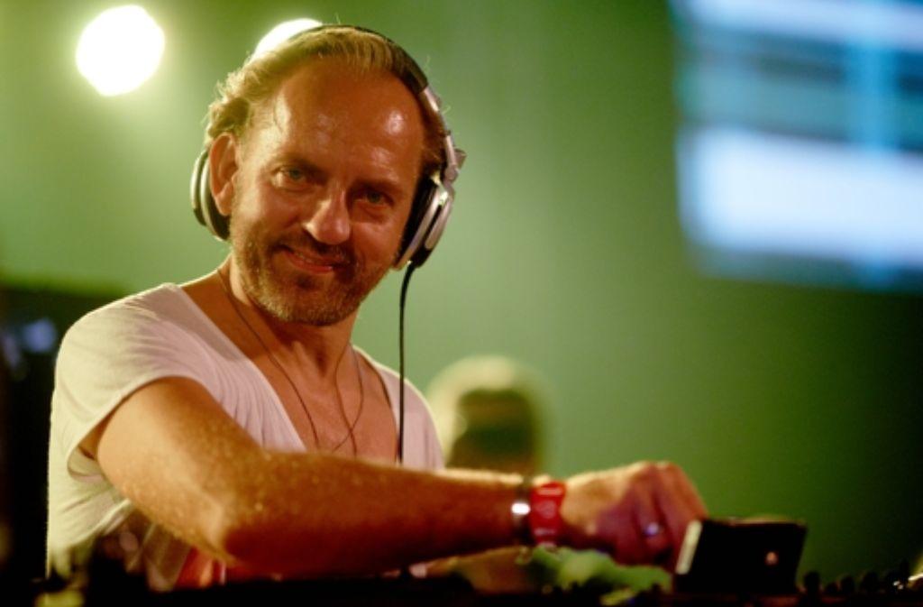 Er bringt sich mit Meditation und  Askese für die kräftezehrenden Einsätze am Plattenteller in Form: der deutsche Top-DJ Sven Väth. Foto: dpa