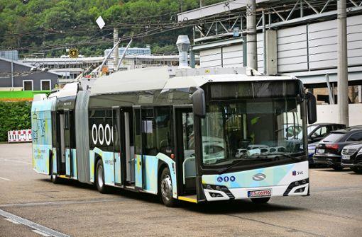 Die  Busse stehen zu 100 Prozent unter Strom