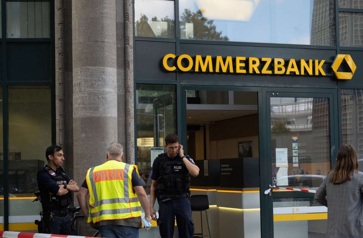 Gleich zwei Banken wurden am Dienstagvormittag in Berlin überfallen. Foto: dpa/Paul Zinken