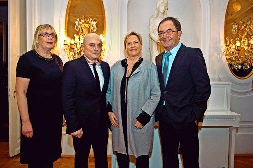 Daniela Mink, Jörg Mink, Susanne Eisenmann und  Erwin Staudt (v. l.) haben  das  Jubiläum des  Business Club Stuttgart gefeiert. Foto: Lichtgut/Volker Hoschek