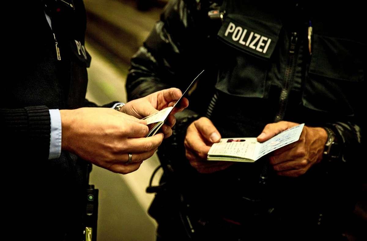 Eine Personenkontrolle der Ludwigsburger Polizei verursacht  erheblichen Wirbel in der linken Szene. Foto: Lichtgut/Leif Piechowski