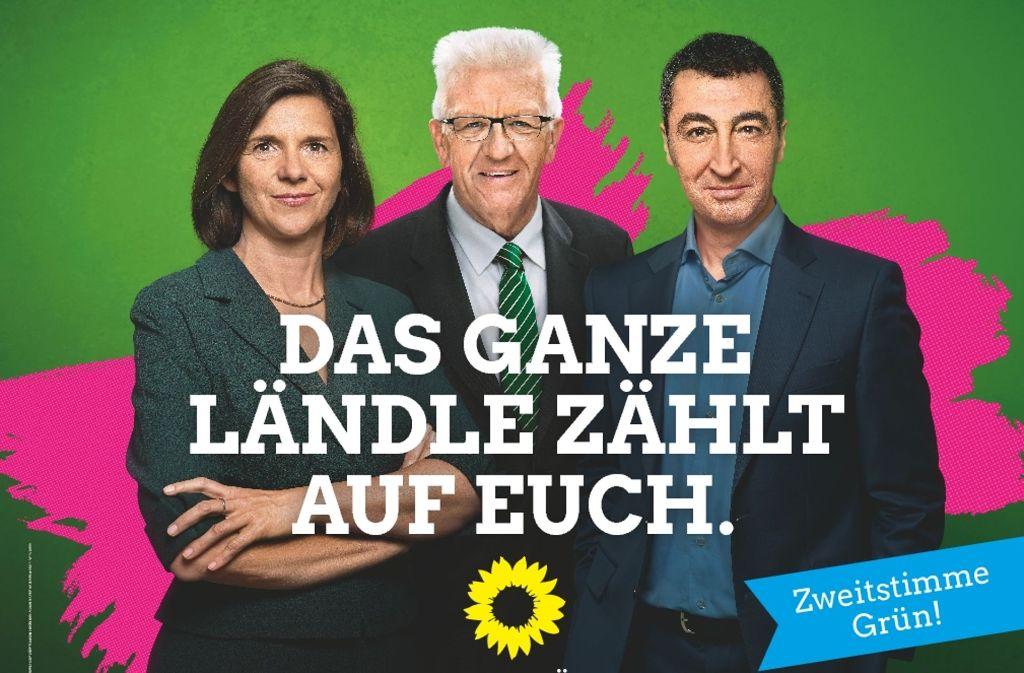 Mit Schwaben-Power gehen die Grünen in Berlin auf Stimmenfang. Die Spitzenkandidaten Katrin Göring Eckardt und Cem Özdemir posieren zusammen mit Ministerpräsident Winfried Kretschmann (Mitte).  Foto: Grüne