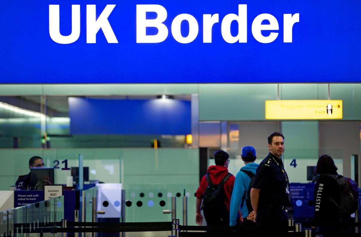 Großbritannien gilt wieder als Risikogebiet. (Symbolbild) Foto: dpa/Andrew Cowie