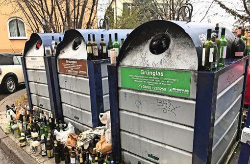 Kein Platz mehr für Flaschen und Gläser