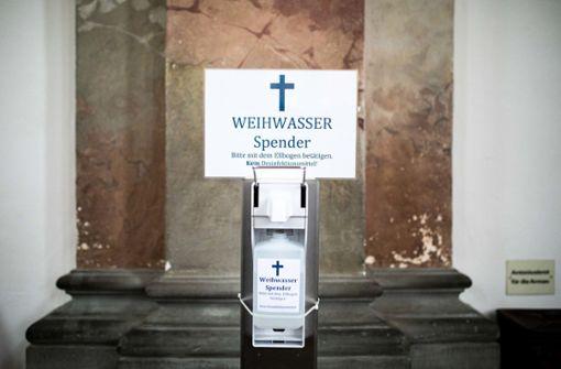 Kirche am Bodensee entwickelt pandemiegerechten Weihwasserspender