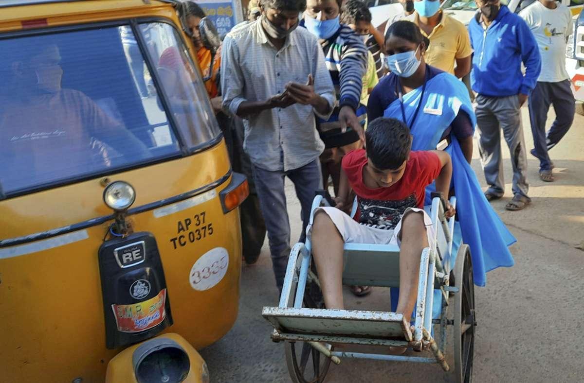 Die Erkrankung sei am Samstagabend in der Stadt Eluru im Unionsland Andhra Pradesh aufgetaucht. Foto: AP