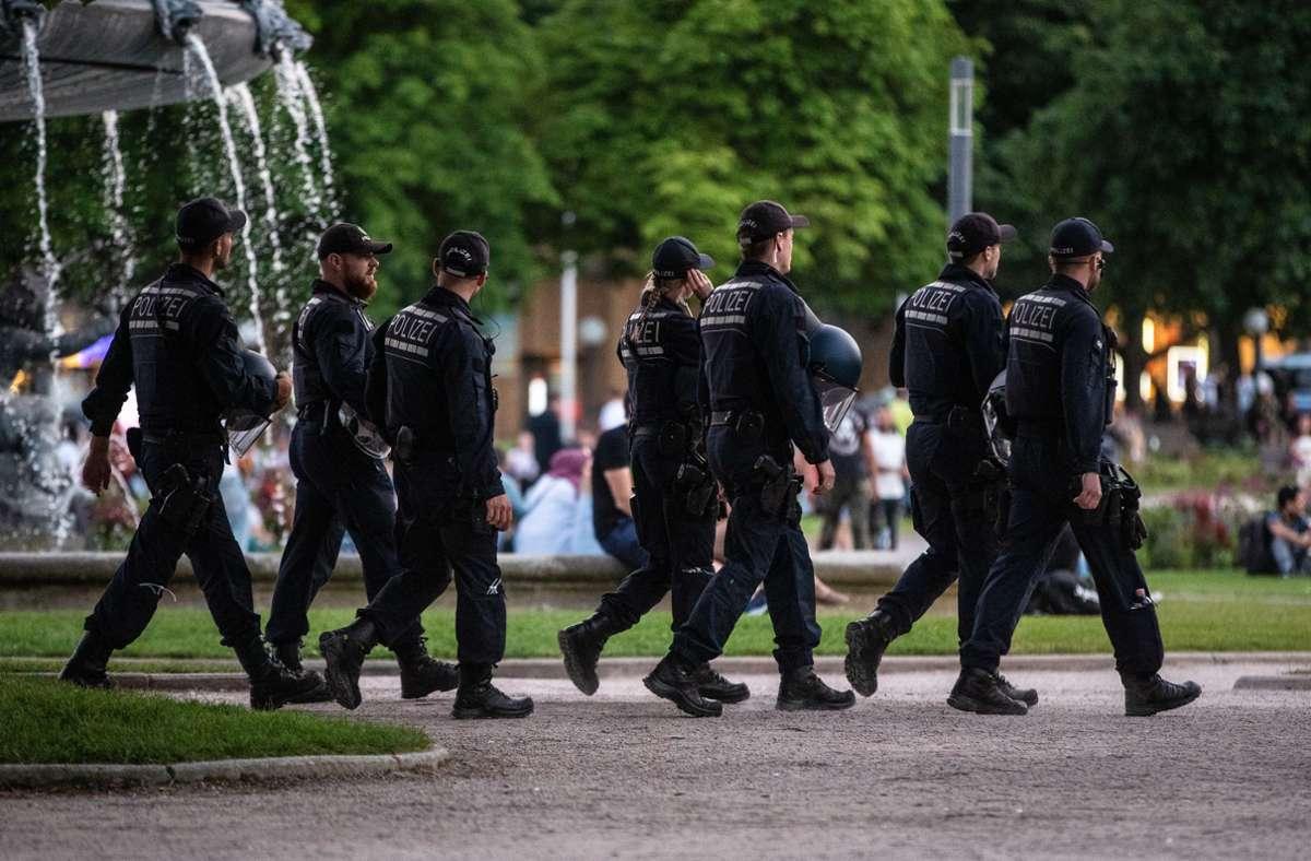 Eine Woche nach der Krawallnacht blieb es in Stuttgart ruhig. Für die Statistik ist nicht ein etwaiger Migrationshintergrund, sondern lediglich der Pass relevant. Foto: dpa/Christoph Schmidt
