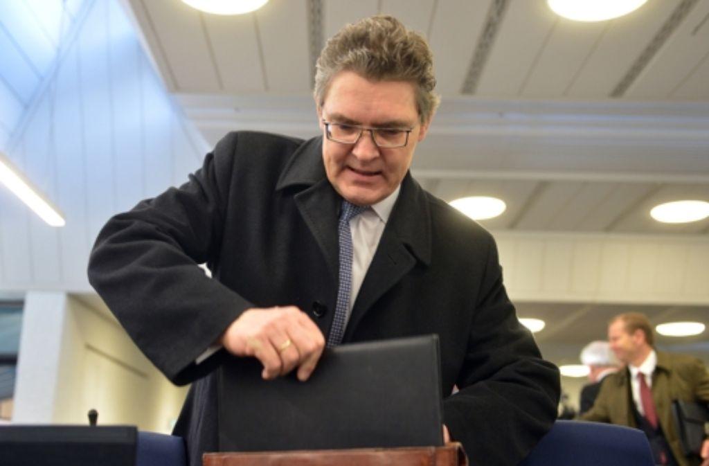 Siegfried Jaschinski, Ex-Vorstandsvorsitzender der LBBW Bank, vor dem Landgericht Stuttgart. Foto: dpa