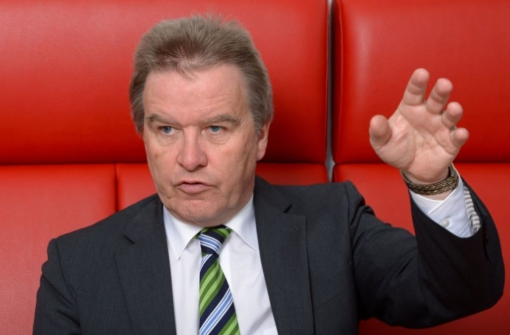 Umweltminister Franz Untersteller will weiter für Verbesserungen bei der Ökostrom-Reform kämpfen. Foto: dpa