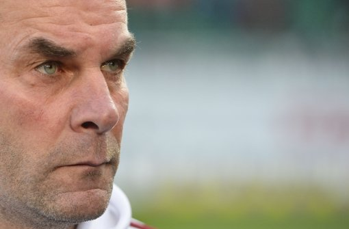 Dieter Hecking verlässt Nürnberg und steigt beim VfL Wolfsburg ein. Foto: dapd