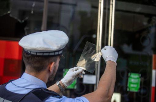 Polizei will Fotos der Gesuchten veröffentlichen
