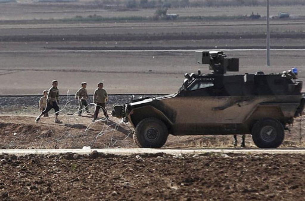 An der Grenze zu Kobane hat sich ein Mann in die Luft gesprengt.  Foto: dpa