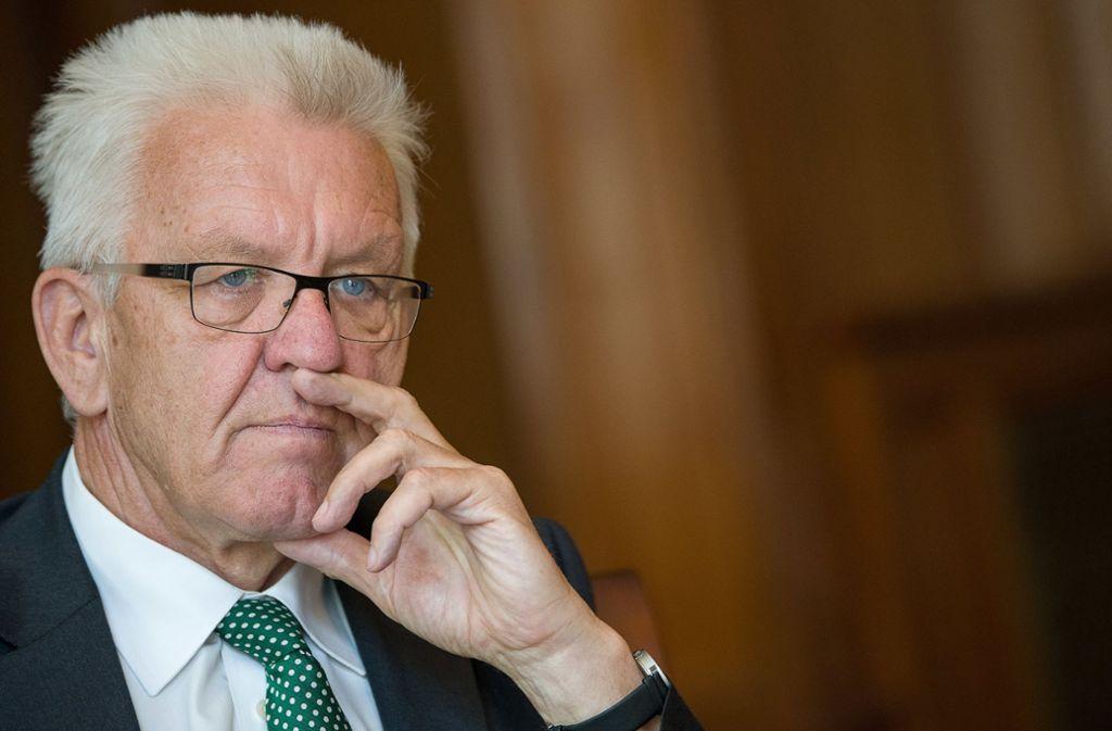 Ministerpräsident Kretschmann sorgt sich um die Dialekte im Land und möchte sich für ihren Erhalt einsetzen. Foto: dpa