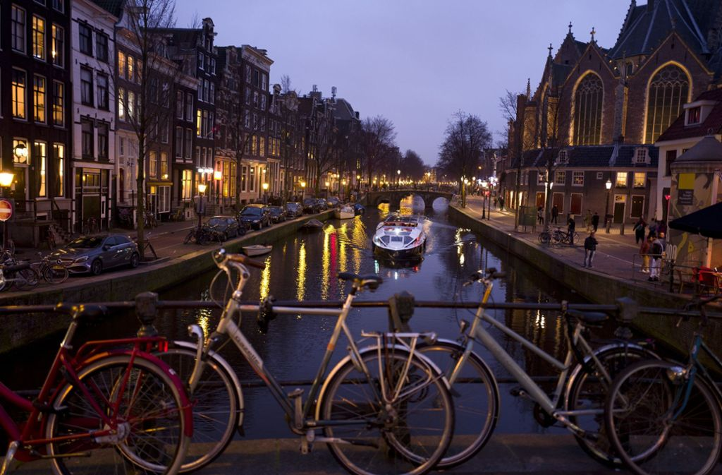 Amsterdam  führt für  Touristen eine Bettensteuer ein Foto: dpa