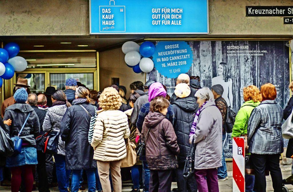 Großer Andrang: Vor Kurzem hat das Kaufhaus in Bad Cannstatt nach einer längeren Umbauphase wieder eröffnet. Foto: Lichtgut/Christoph Schmidt