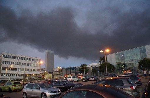 Werkstatthalle bei Porsche brennt lichterloh