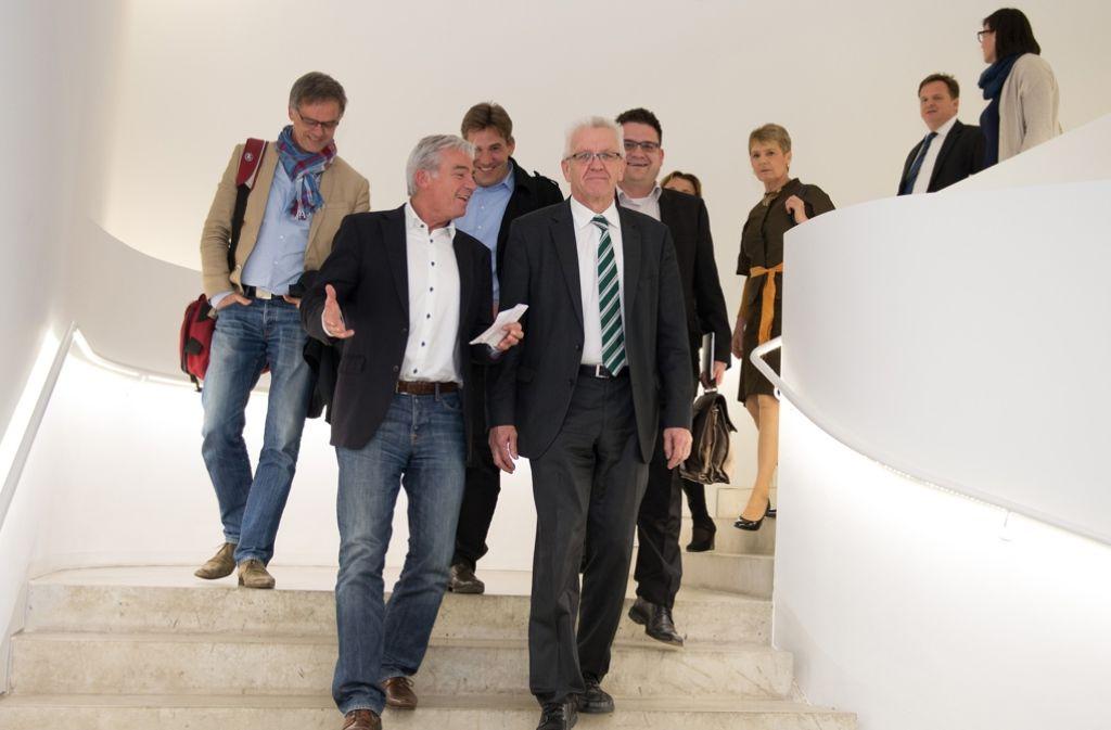 Thomas Strobl (links) und Winfried Kretschmann haben ihre Kabinettsliste beieinander. Foto: dpa