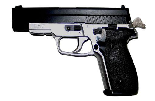 Falscher Polizist mit Softair-Pistole