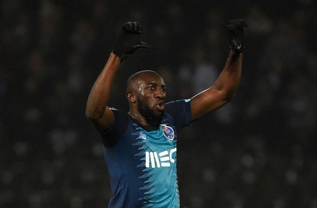 Mit Affenlauten und Schimpfwörtern soll Moussa Marega vom FC Porto beim Spiel bei Vitoria Guimarães verhöhnt worden sein. Foto: AFP/MIGUEL RIOPA