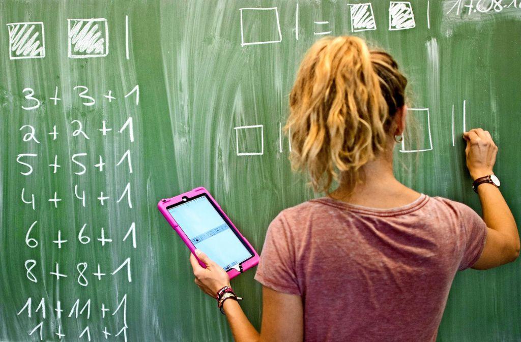 Vor der Digitalisierung sollte eine Schule ein Konzept erstellen, um die lokalen Anforderungen abzubilden. Foto: dpa