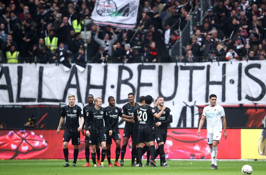Die Eintracht bleibt durch den Sieg gegen Hoffenheim in der Erfolgsspur. Foto: Bongarts