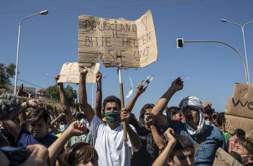 Polizei setzt Tränengas bei Protesten auf Lesbos ein