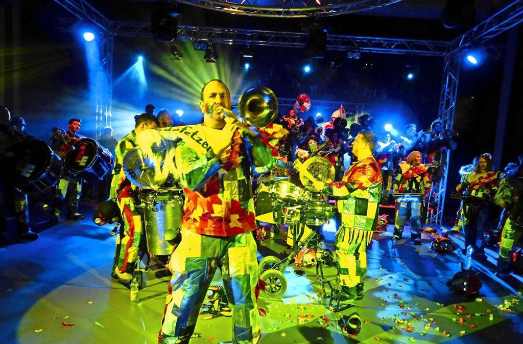 Die Guggenmusikgruppe Edafetzer spielte bei den Faschingsbällen  auf. Foto: privat