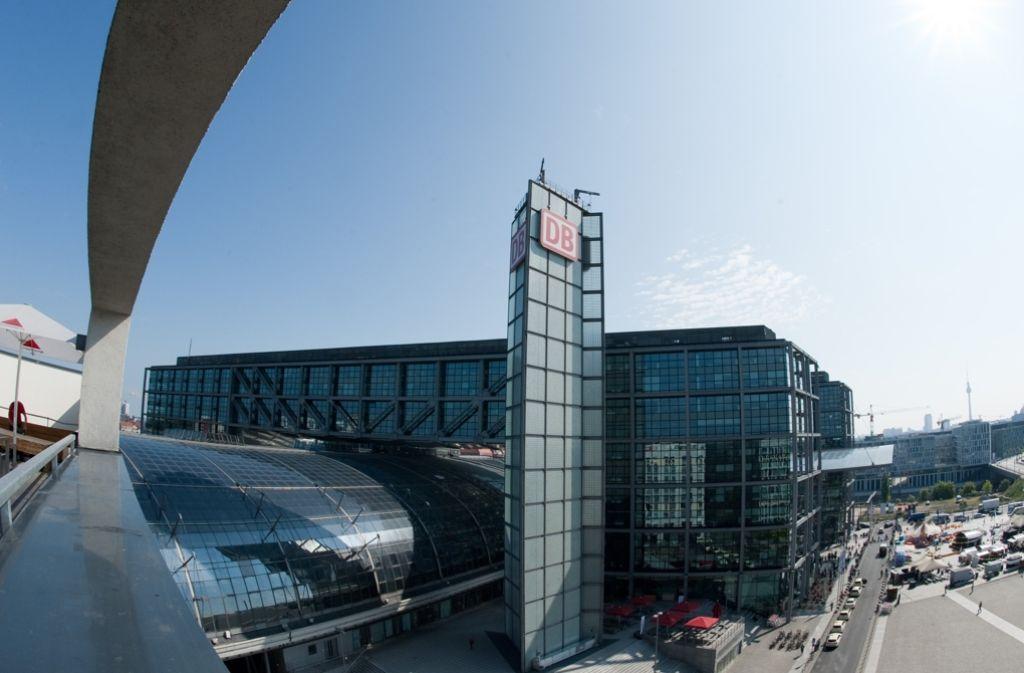 Die neue Verbindung soll am Berliner Hauptbahnhof halten – und an vier weiteren Stationen in der Hauptstadt. Foto: dpa