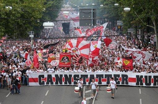 Karawane Cannstatt - Alle in Weiß!