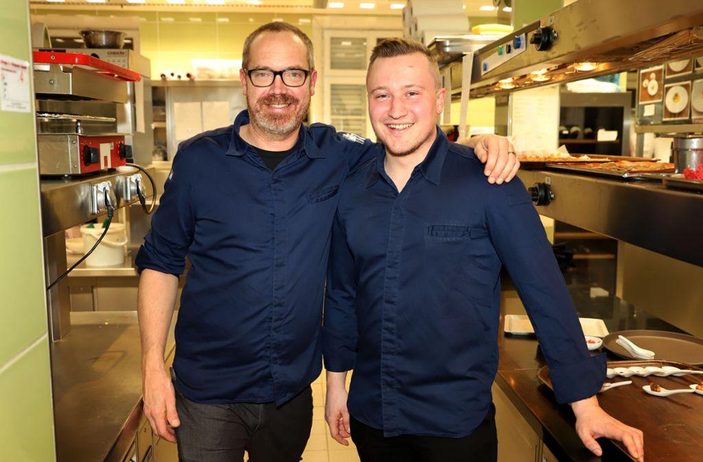 Küchenchef Stefan Gschwendter (links) und sein Sous-Chef Andreas Schöffler Foto: Sage Press/Christof Sage