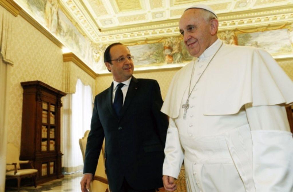 François Hollande hatte eine Privataudienz bei Papst Franziskus. Foto: ANSA/REUTERS/POOL