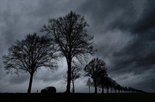 Es bleibt weiter stürmisch im Südwesten. (Symbolfoto) Foto: dpa