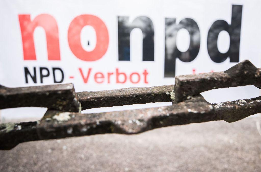 Politiker haben enttäuscht auf das Urteil des Gerichts zum NPD-Verbot reagiert. Foto: Getty