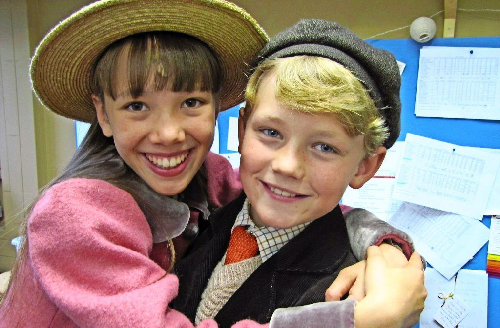 Namira und Ben sangen beide schon mehr als 20-mal auf der Bühne im Apollo-Theater in Möhringen. Foto: Eileen Breuer